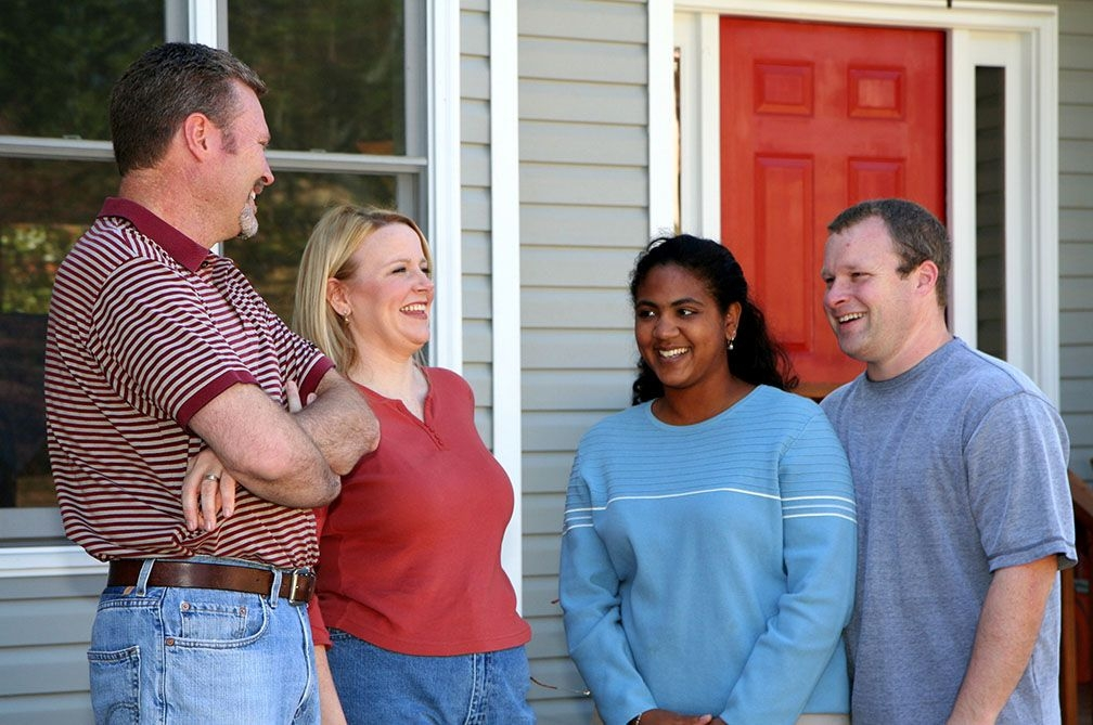 Selling Your Home This Summer? Here's Why You'll Want to Recruit the Neighbors to Help